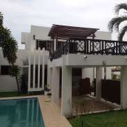 6 Bedroom Standalone House w/ Pool in Airport Res