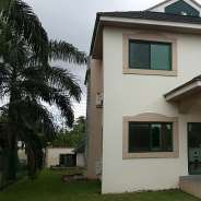3 Bedroom Townhouse w/ Pool to let in Airport West