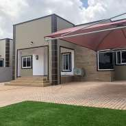 3bedroom house at lakeside