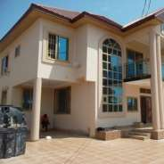 7 bed rooms house for sale on the spintex road