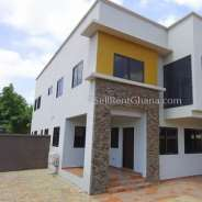 4 bedroom townhouse renting in East Legon