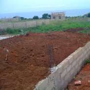 4 plots of land for sale in Accra (New Botiano)