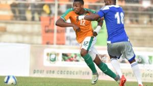 Ivory Coast's Jonathan Kodja (L), pictured on September 3, 2016, scored via a bicycle kick after 35 minutes for the Ivorians, before a sell-out 25,000 crowd in Bouake.  By Issouf Sanogo (AFP)