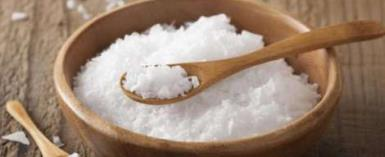 No Need To Spend Money on Spas; Pamper Your Skin With Salt Scrub At Home