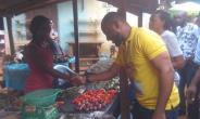 Actor, Yul Edochie Takes Campaign to Market Women