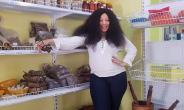 Actress, Monalisa Chinda goes Shopping without Makeup
