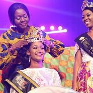 Zeinab being crowned winner of GMB 2017