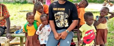 Stunt Blogger and Publicist Kwao Lezzes-Tyt share photos of some less privileged kids he teaches