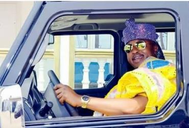 Oluwo of Iwoland Acquires Made in Nigeria G-Wagon
