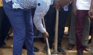 Asene Manso Akroso DCE Cut-Sod for Construction of 12-Unit Classroom Block for Two Communities
