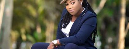 """""""I play my music in night clubs to draw people to Christ"""" – Joyce Blessing"""