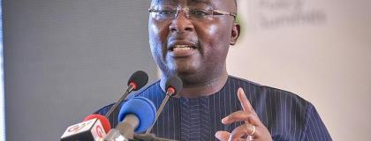 Bawumia Off To UK For UK-Ghana Business Council Meeting