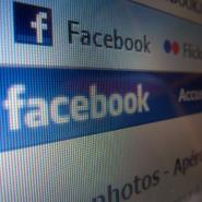 Facebook's Value Plunges $37bn On Data Controversy