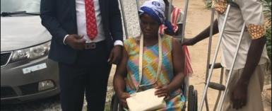 How A Young Banker, Philanthropist Rescued A Physically-Challenged Pregnant Woman In Accra