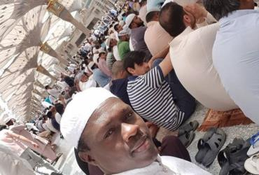 Actor, Ali Nuhu Travels to Mecca, Rededicates Life