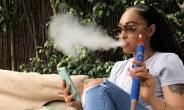 Actress and Mentor, Rosaline Meurer proudly Smokes in public