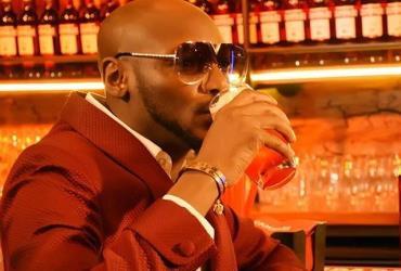Hip Hip, Hurray!! Singer, 2Baba is Year Older let's Celebrate