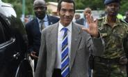 The long goodbye: Botswanan President Seretse Ian Khama waves to the crowd in his village of Serowe -- the last stage of a farewell tour of the country's 57 constituencies before he stands down on Saturday.  By MONIRUL BHUIYAN (AFP)