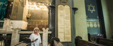 The president of the Egyptian Jewish Community, Magda Shehata Haroun, at the Shaar Hashamayim Synagogue in Cairo.  By KHALED DESOUKI (AFP)