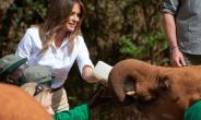 US First Lady Melania Trump visited a Kenyan safari as part of her Africa trip..  By SAUL LOEB (AFP)