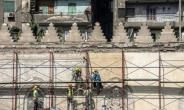 Work on Cairo's 13th-century al-Zahir Baybars mosque in the neglected Islamic quarter resumed last month after being halted during the turmoil that followed the ouster of the dictator Hosni Mubarak in 2011.  By Khaled DESOUKI (AFP)