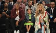 Beyoncé Knowles and Jay Z, pictured with their daughter in 2017, were a part of an all-star line-up at a concert in Johannesburg to honour the life and legacy of Nelson Mandela.  By Theo Wargo (GETTY IMAGES NORTH AMERICA/AFP/File)