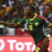 Cameroon's forward Vincent Aboubakar celebrates after scoring the team's second goal in Libreville on February 5, 2017.  By ISSOUF SANOGO (AFP)