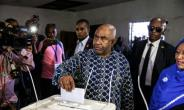 Comoros President Azali Assoumani played down sporadic incidents after voting on the main island of Grande Comore.  By GIANLUIGI GUERCIA (AFP)