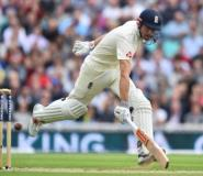 England's Alastair Cook hit an unbeaten 34 on the first morning of the third Test against South Africa at The Oval on July 27, 2017.  By Glyn KIRK (AFP)