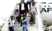 Sudanese children whose parents were reportedly jihadists in Libya get off a plane in Khartoum on June 20, 2017.  By Ebrahim Hamid (AFP)