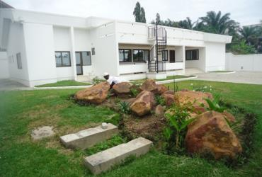 2 bedroom furnished townhouse to let