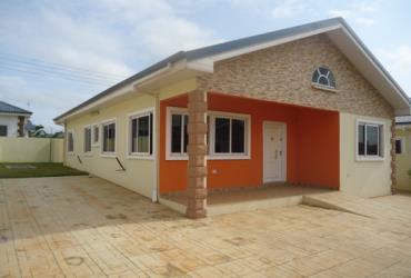 3 bedroom Estate House for rent at Oyarifa near Ad