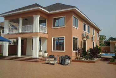 4 bedroom+Pool for sale @East legon