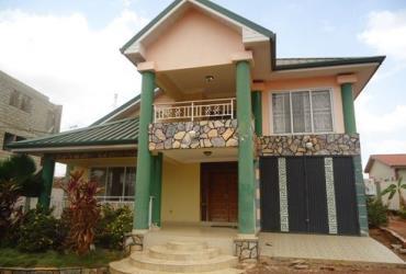 3 bedroom furnished house for sale at Oyarifa