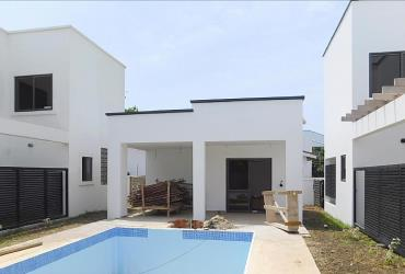 2 units 4 bedroom luxury townhouses in the Labone