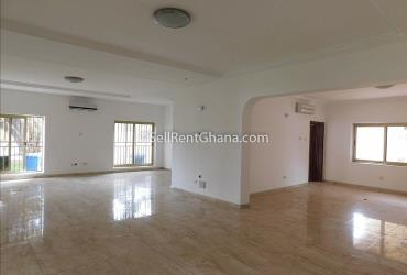 4 bedroom house with a pool and 2 boys' quarters r