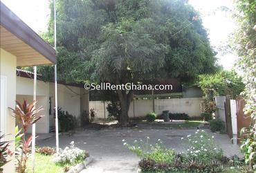 4 Bedroom House for Rent, Labone
