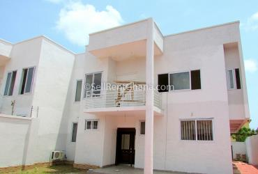 4 Bedroom House + Staff Quarters Selling