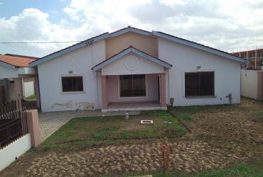 5Bedrms House For Rent in Emefs Estate