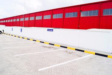 This commercial property is a warehouse facility