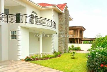 5 bedrooms luxury house at east legon