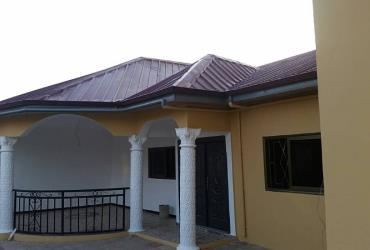 Newly built 5 bedroom house for sale