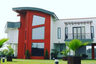LUXURY 6 BEDROOMS HOUSE FOR SALE AT AIRPORT HILLS