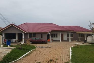 2Bedrms Apartment for rent at Tema