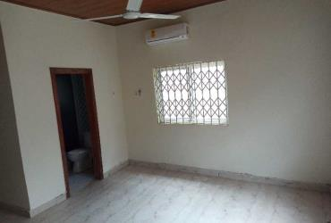 2 bedrooms apartment in Mataheko J T A year rent