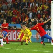 Puyol winner puts Spain in final