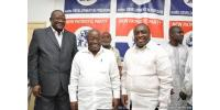 Akufo-Addo In A Group Photo With NPP National Executives