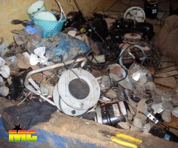 show the mess left behind at the Kaneshie Market  <br/>gna