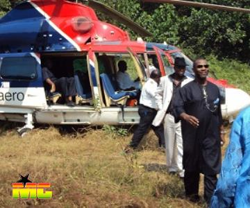 ARRIVAL OF PRINCE TONYE PRINCEWILL IN ANGULAMA IN A HELICOPTER